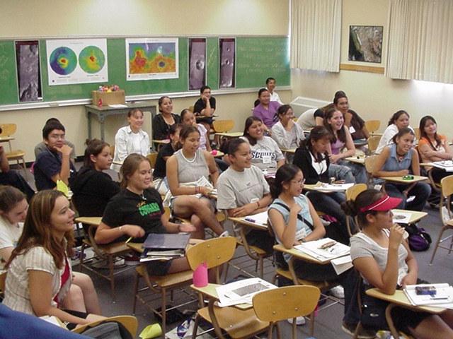 external image Classroom%20group.JPG